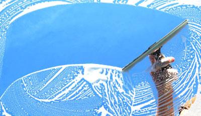 Reinigen van glas voor onderhoud en garantie
