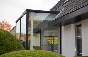 Veranda in aluminium door Timmerman