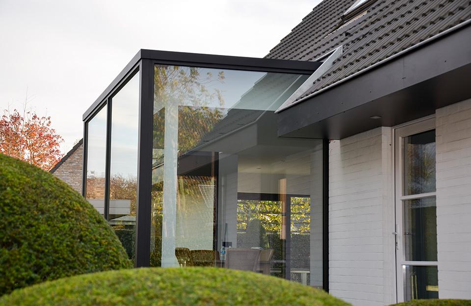 Veranda in aluminium door Timmerman